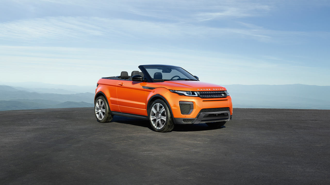 range rover evoque convertible hse dynamic ali alghanim and sons showroom. Black Bedroom Furniture Sets. Home Design Ideas